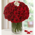 Bouquet of red roses in a vase - ΜΠΟΥ 072242