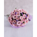 Bouquet with lilac Roses