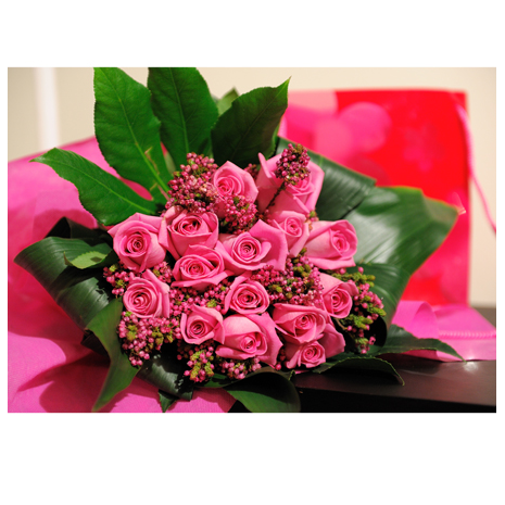 Roses and Tropical Leaves -BOU 0142