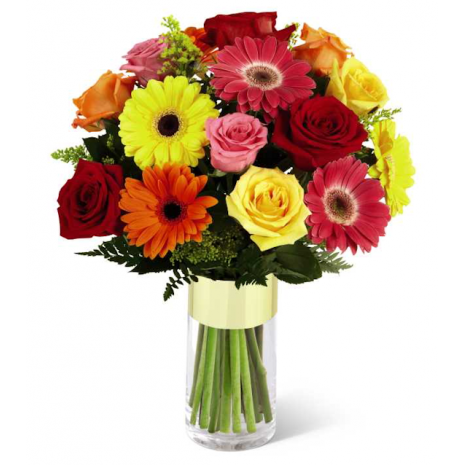 Fantastic bunch of flowers with Roses, zermpera and Fern's - BOU 0190